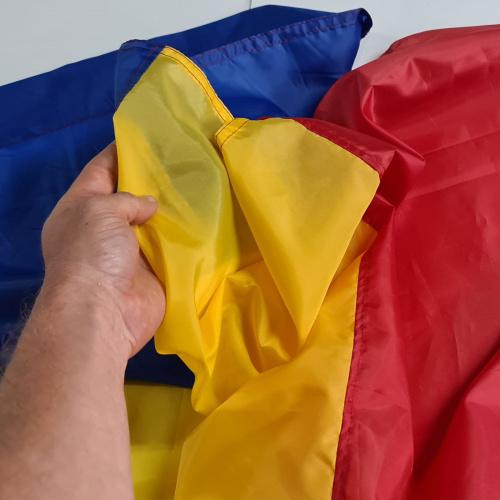 Set 5 buc steaguri Romania cusute